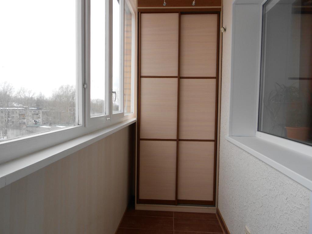 Заказать шкаф-купе на балкон.