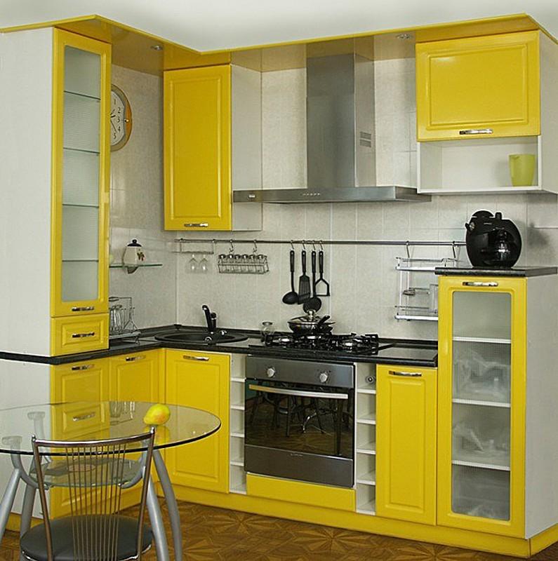 Дизайн кухонных гарнитуров угловых для маленькой кухни