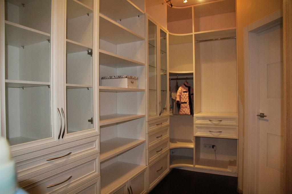 Заказать шкаф-купе в гардеробную. купить мебель в гардеробну.