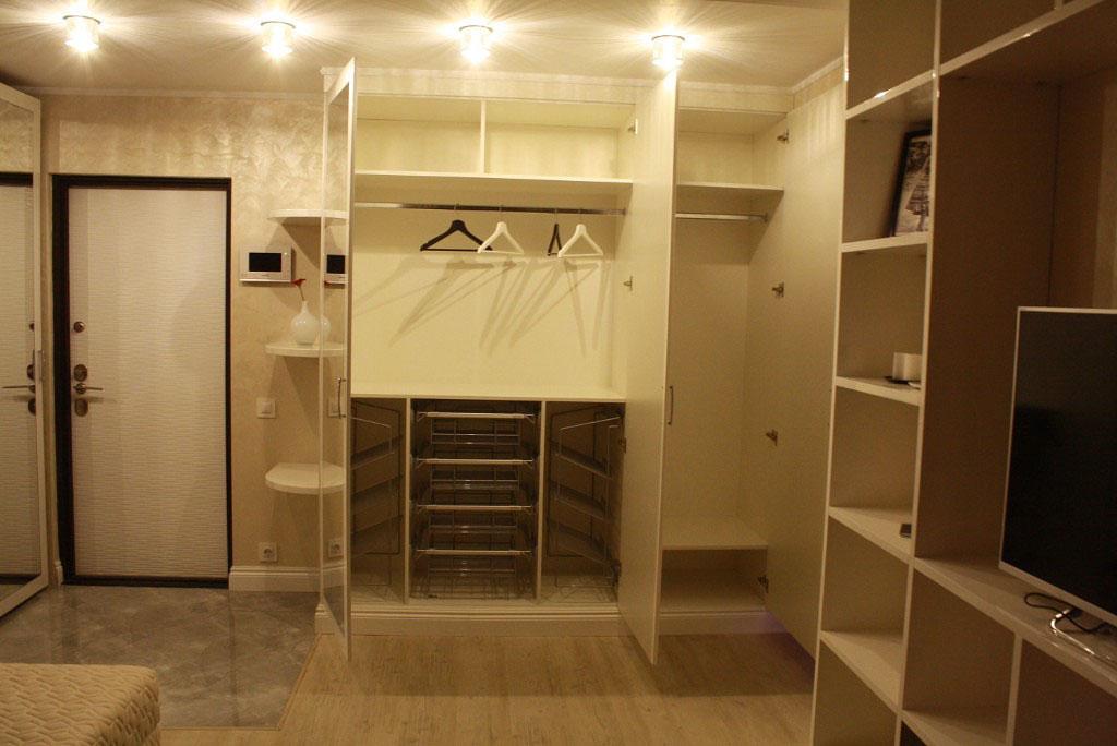 Цена шкафа-купе в гардеробную заказать в москве и подмосковь.